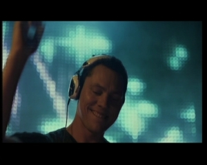 Clip – Tiesto Featuring Nelly Furtado – Who Wants To Be Alone
