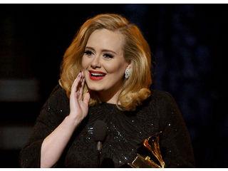 Adele chantera pour le prochain James Bond