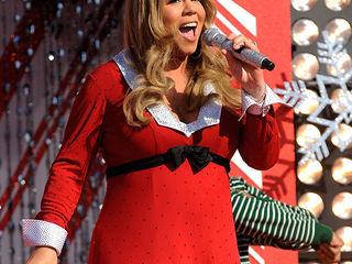 Mariah Carey resplendissante dans un concert en Autriche