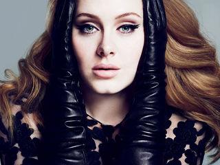 Encore une récompense pour Adele