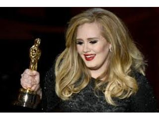 Hollywood récompense Adele