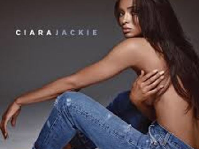"""Ciara sexy et charnelle dans """"Dance Like We're Making Love"""""""