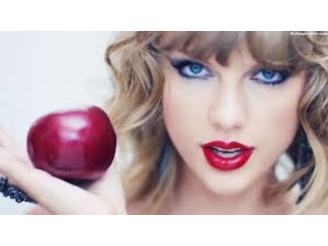 """Blank Space"" de Taylor Swift bat un nouveau record"