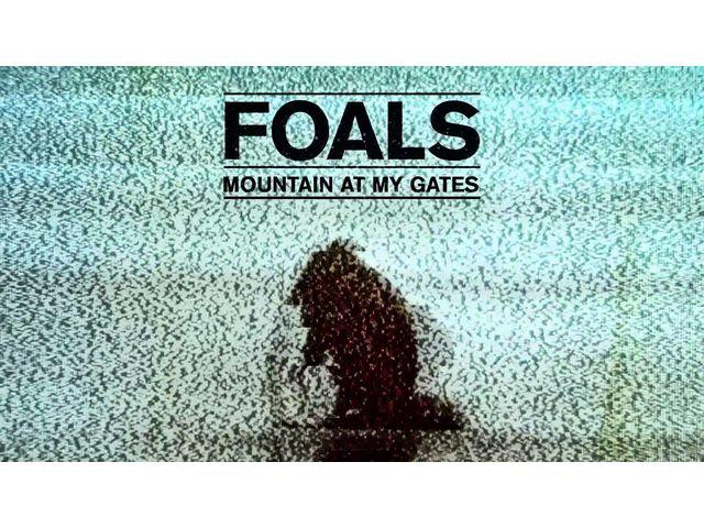"""Foals annonce la couleur avec """"Mountain At My Gates"""""""