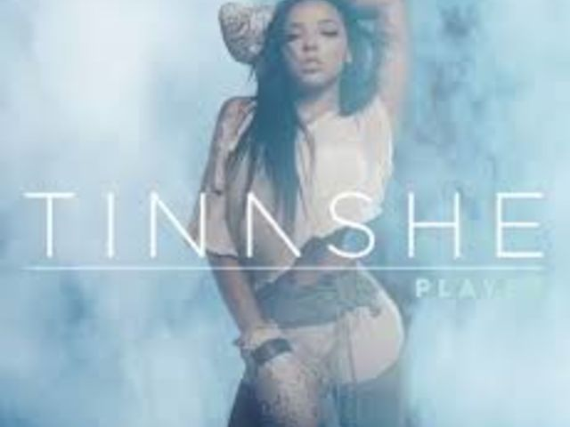 "Tinashe et Chris Brown jouent la carte dance sur ""Player"""
